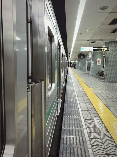 Train Subway Subway Station Subway Train Out Of Service Indoors  Japan Japan Photography Waiting Platform IPhone IPhoneography Iphone7 No People EyeEmNewHere Modern Workplace Culture