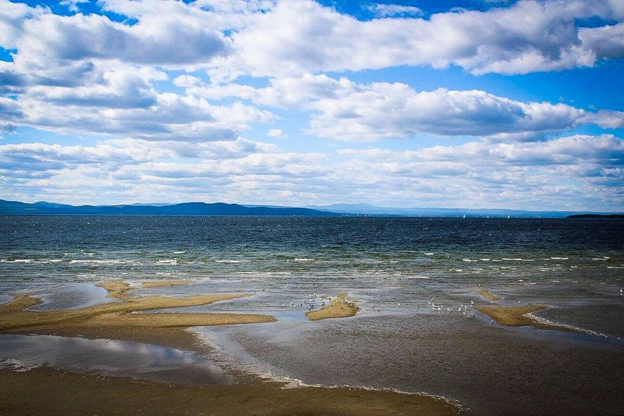 People And Places Burlington Vermont Clouds Lake Beautiful Nature Beach