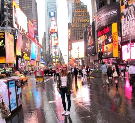 NYC Bestcityintheworld Capture The Moment Rain Lonely Girl