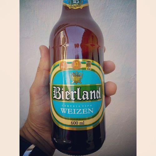 E pra comemorar a vitória dos nossos carrascos, cerveja alemã!!! Kkk copa 2014 Fail Brasil Instasize