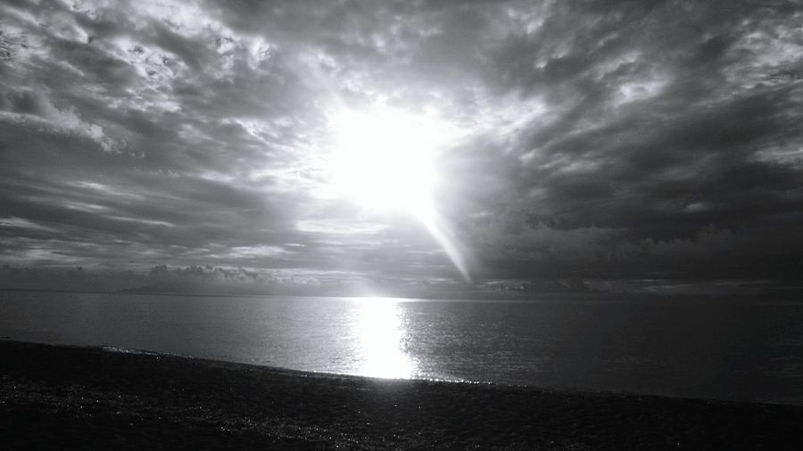 Water Reflections Beach Photography Sunrise_sunsets_aroundworld EyeEm Best Shots - Black + White Black And White Photography Life Is A Beach Nature Photography Santorini Santorini Greece Taken On The Beach Santorini Greece