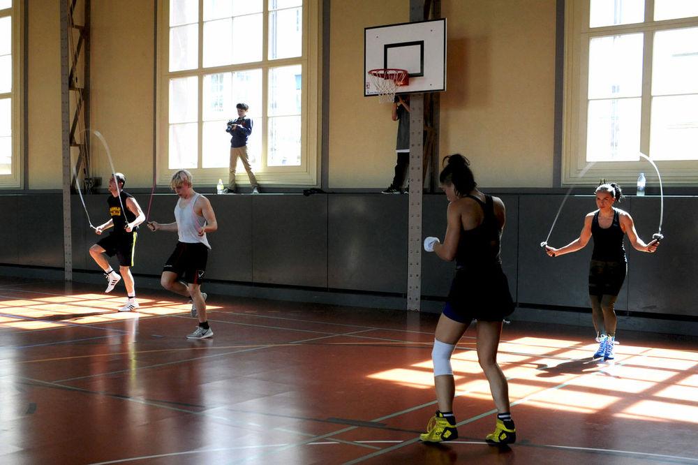 Friendship Sports Clothing Exercising Sport Window