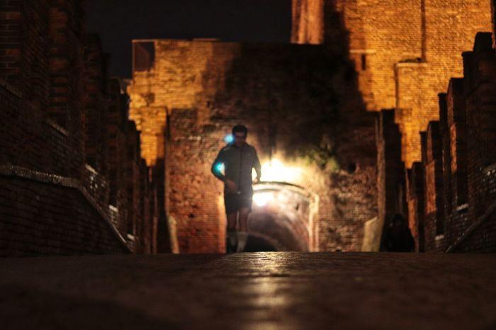 correre Italy EyeEmNewHere Streetphotography Sera Correre Verona Italy Verona Footing Castello Sport