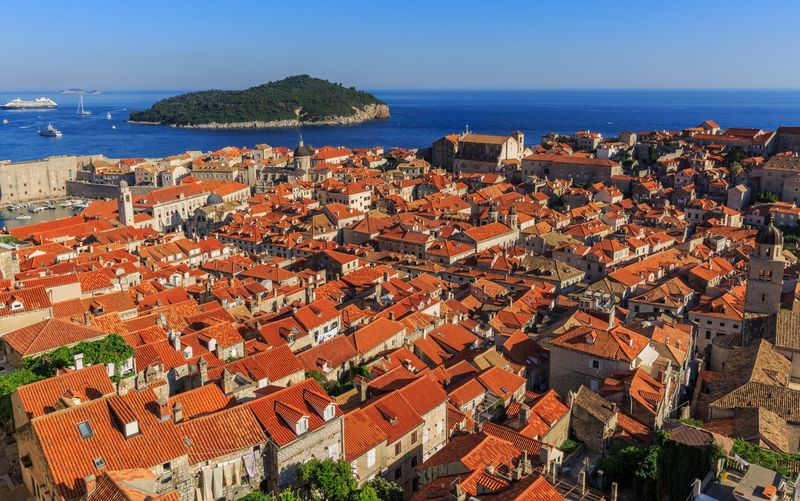 Old town Dubrovnik Dubrovnik, Croatia Yacht Jacinth Building Exterior Architecture Sea Roof Built Structure Crowded Horizon Over Water Water Outdoors Clear Sky House High Angle View Nature Town Blue Sky Beauty In Nature Residential Building Scenics