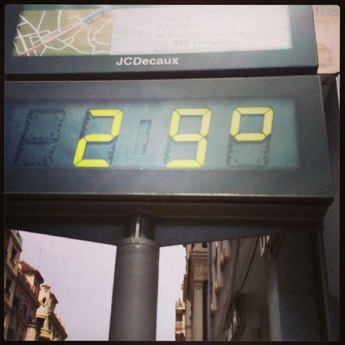 Lover ikke godt... Varmt  Påske Granada Andalucía hot
