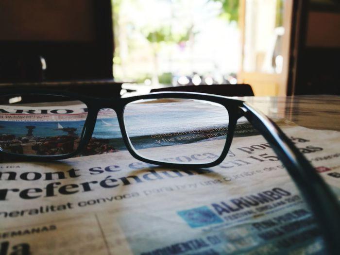 Glass Eyeglasses  No People Huawei P9 Leica Live For The Story Newspaper Indoors  Light And Shadow EyeEm Gallery EyeEm BYOPaper! EyeEm Best Shots By  Place Of Work Newspapers Diariodecádiz150años Huawei P9 Photos 2017 Eyeem Awards HuaweiP9Photography Huawei HuaweiP9 EyeEmBestPics Illuminated EyeEm Selects EyeEmNewHere