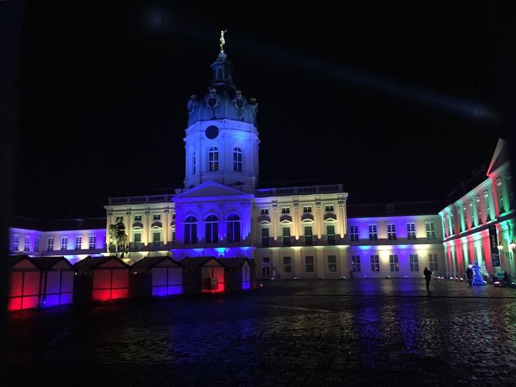 Berlin, Germany - December 3, 2017: Charlottenburg Palace illuminated for Christmas. Built at the end of 17th century, Charlottenburg Palace (German: Schloss Charlottenburg) is Berlin's largest palace Charlottenburg Castle Charlottenburg Palace Christmas Lights Christmas Market Wintertime Architecture Building Exterior Built Structure Christmas Decoration Illuminated Night No People Outdoors Travel Destinations