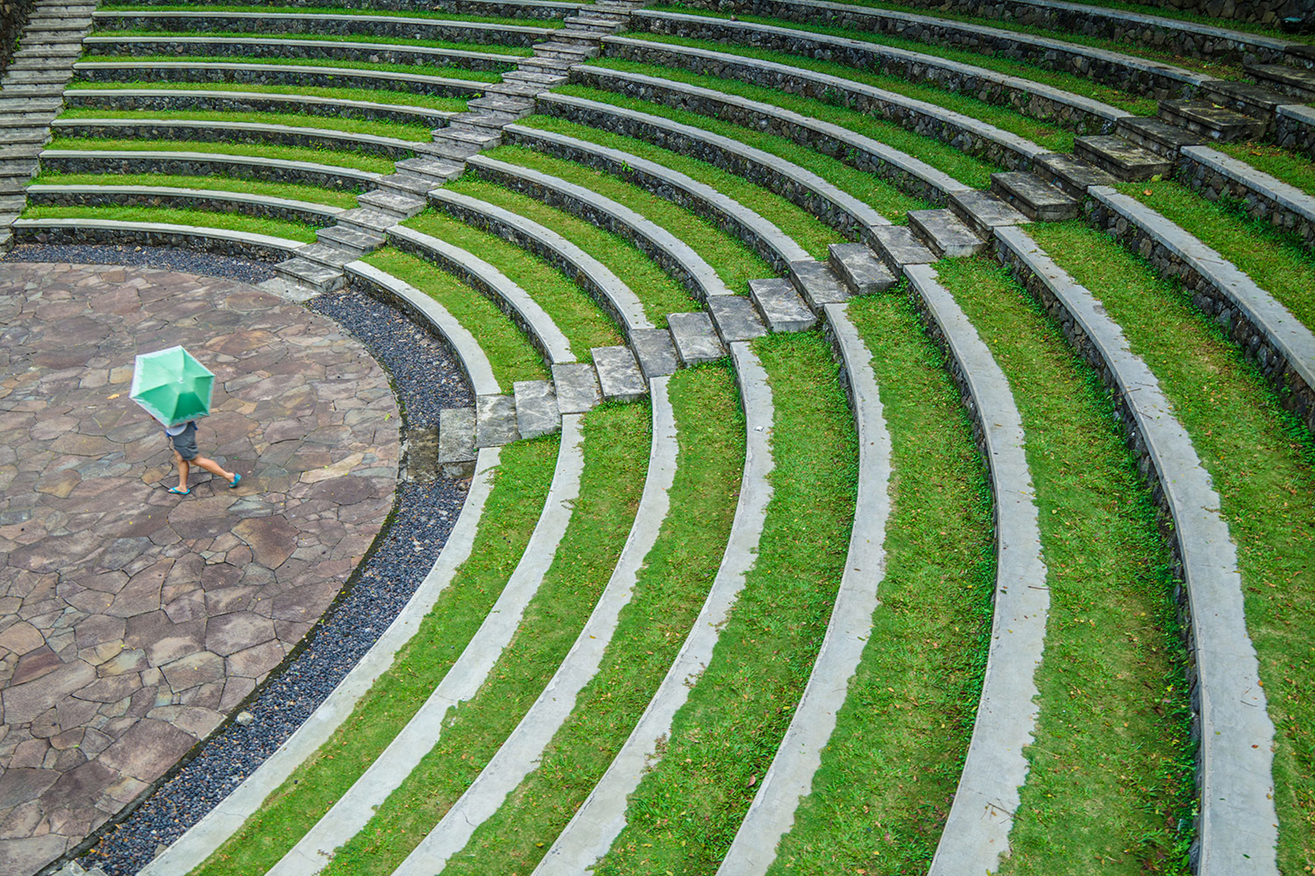 pattern, green color, full frame, backgrounds, design, circle, grass, textured, high angle view, growth, green, day, outdoors, built structure, plant, geometric shape, no people, curve, repetition, nature