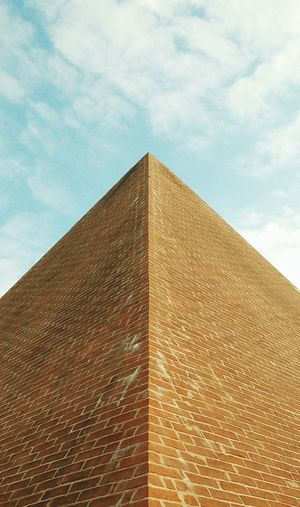 From My Point Of View Point And Shoot Pyramid Piramide Geometry Geometric Shapes Geometric Abstraction Symmetry_art