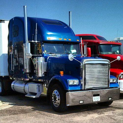 Clean Freightliner Freightliner_classic
