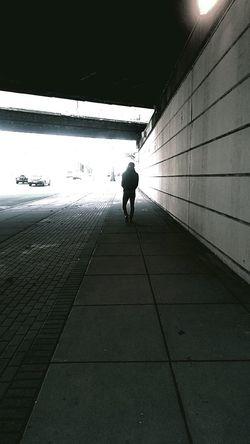 One Person Real People Walking Day Outdoors Silhouette Morningsun Light And Shadow Philadelphia Asphalt Pavement Asphalt Street In North ⚪ Blumorn9.🔵