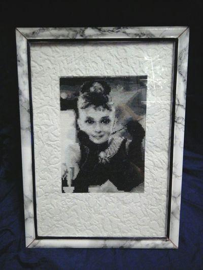 Портрет Одри Хепберн портрет девушки Одри Хепберн вышивкакрестиком вышиваю подароксвоимируками