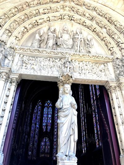 Human Representation Statue Sculpture Male Likeness Art And Craft Female Likeness Low Angle View Religion Built Structure Architecture Spirituality No People Place Of Worship Day Outdoors saint Chapelle