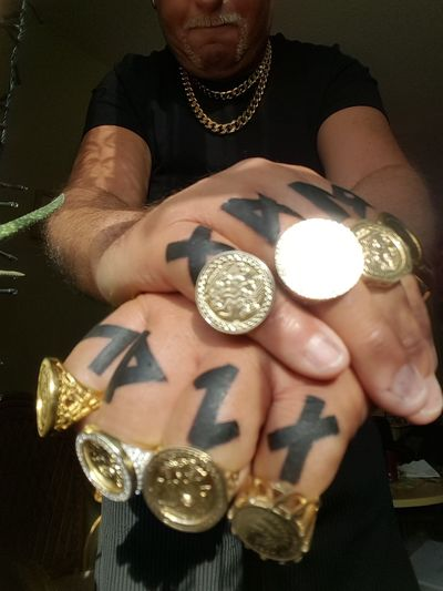 Finger Tattoo Goldrings Human Hand Gold Luxury Wealth Jewelry Bling Bling