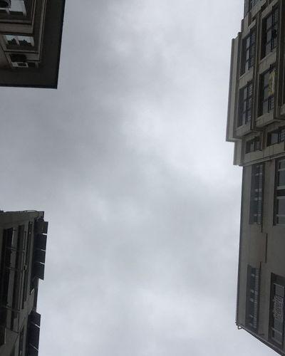 Rainy Days Winter Rain Clouds Clouds And Sky Cloudporn Streetphoto_bw Streetphotography FollowMeOnInstagram Professionalphotography Check This Out Benimkadrajim Bendenbirkare EyeEm Best Shots Pictureoftheday Follow4follow Street Wintertime Sunday Looking At Camera Istanbuldayasam Bulut Nişantaşı Thursday Turkey