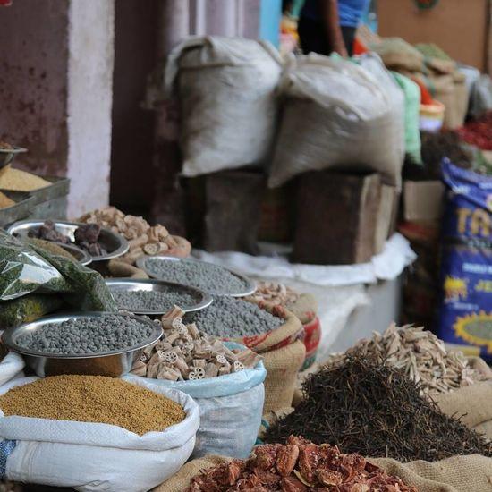 Spice Food Sack Market Dried Food Bag Market Stall Variation Herb Scented Dried Fruit Food Staple Rajasthan Rajasthan_diaries Rajasthan India Rajasthan Trip Rajasthantrip Indiaincredible Indiatravelgram Indianphotography India Bikaner Bikanermarket