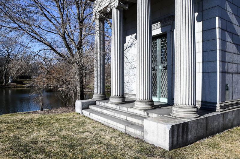 Historic city graveyard