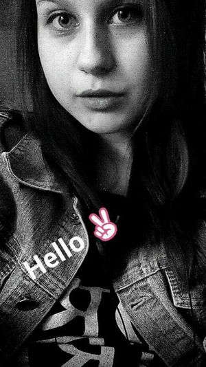 Hello ✌ Snapchat Selfie ✌ Love Blackandwhrite