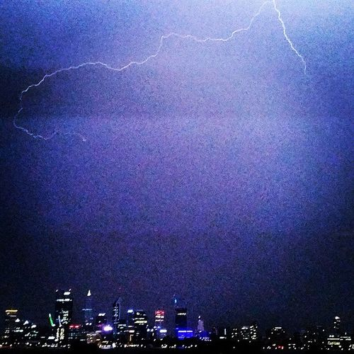 Zap Storm Perthstorms Epic naturespower perthlife crazyweather summerstorms perthcity cityviews lightupthesky