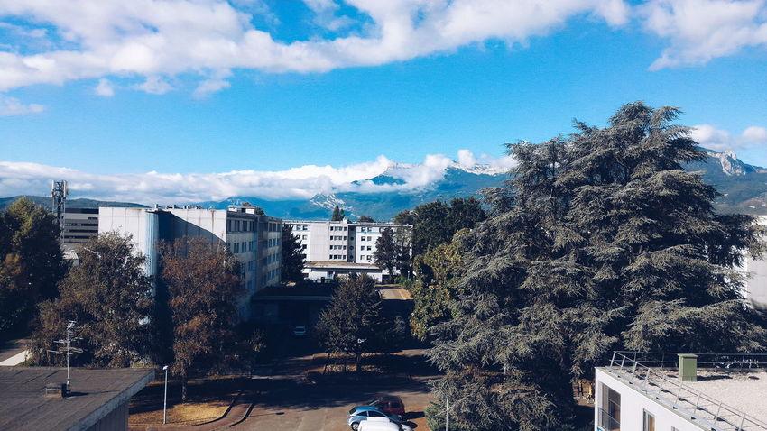 La vie étudiante Built Structure Architecture Sky Cloud Blue Day Mountain Grenoble France