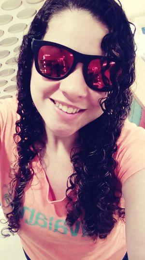 Uniqueness Long Hair Beauty Glamour Glass Óculos  Cor Estilo Simpatia Sorriso