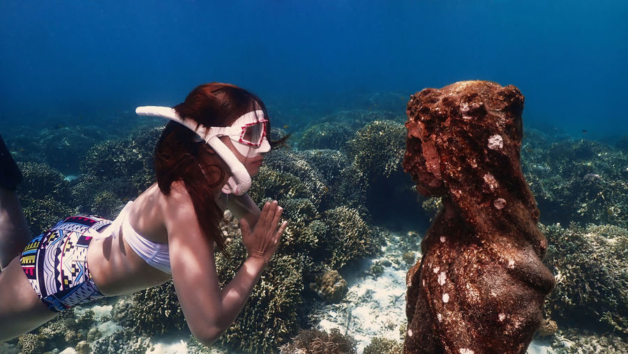 Meeting mary under the ocean