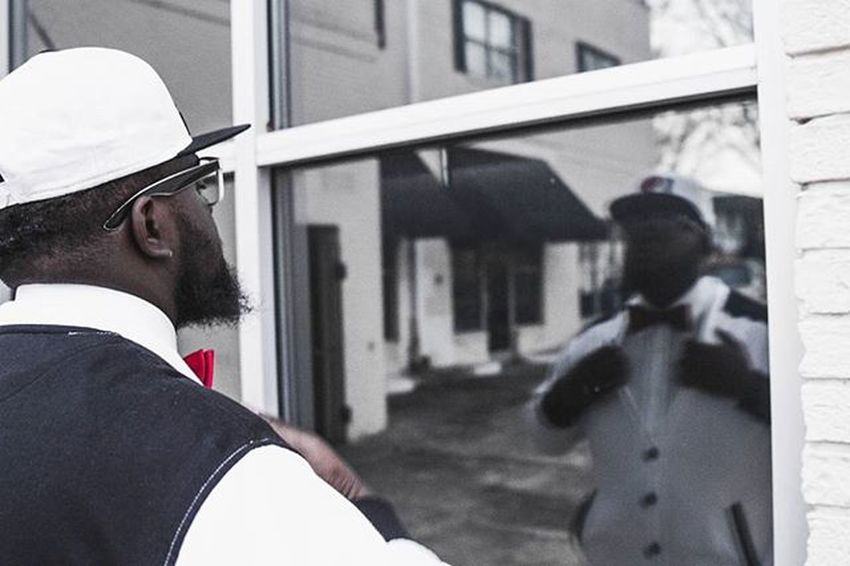 """Eman Tha Profezzor. Video Shoot. Raleigh. 1 Corinthians 13:12 """"For now we see through a glass, darkly; but then face to face: now I know in part; but then shall I know even as also I am known."""" JesusIsLord Emanthaprofezzor Gospelmusic Gospelartist Christianmusic Christalive Photography 1Corinthians13 Canon_photos 7dcanon PortraitPhotography"""
