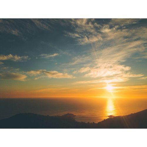 Sunset en las alturas 🌅 Taking Photos Hello World EyeEm Escaping Zapallar Paisaje Natural Walking Around Peace Enjoying The Sun Sunset Silhouettes