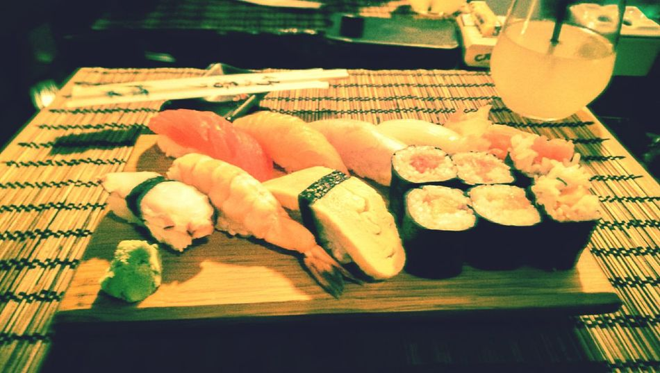 Sushi Sushitime Healthy Food Healthy Eating Healthy Lifestyle Healthylife Bonappetit Delicatesse Traveltheworld