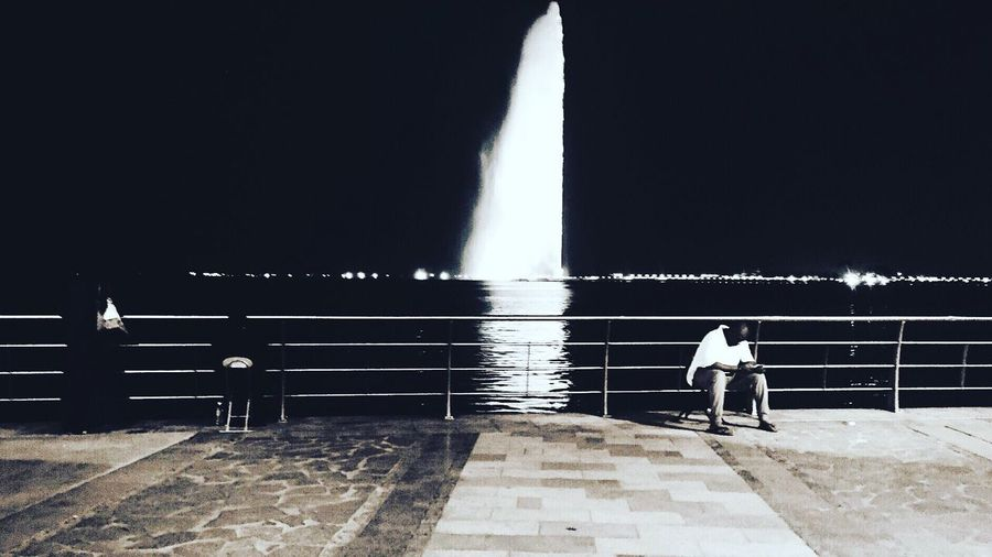 Life in Jeddah. Real People Lifestyles Men Water Outdoors Instapic Traveling City Photography Jeddah Travelgram Reflection Fountain