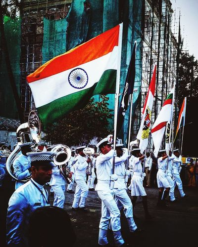 My Year My View INDIAN NAVY Unity Showcase: December Flag Indiantricolour Patriotism Indianphotography India_clicks Indiaincredible Indianphotographersclub Indianphotographers Indianstories Indiaphotos Celebration Military Parade Military Uniform Teamwork