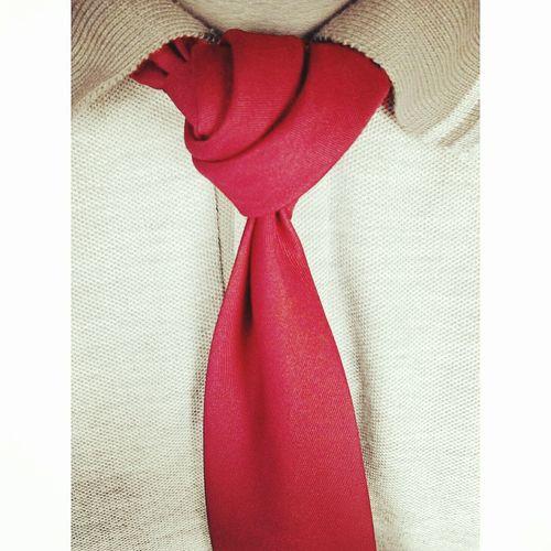 The Rose Bud Knot Red MensFashionPost Gentlemen Menstagram Mensfashion Passion Dappermen Dapperstyle Dapper Love Menswear Menstyle Class Classy Knots Necktie Tie Mens Style Fashion