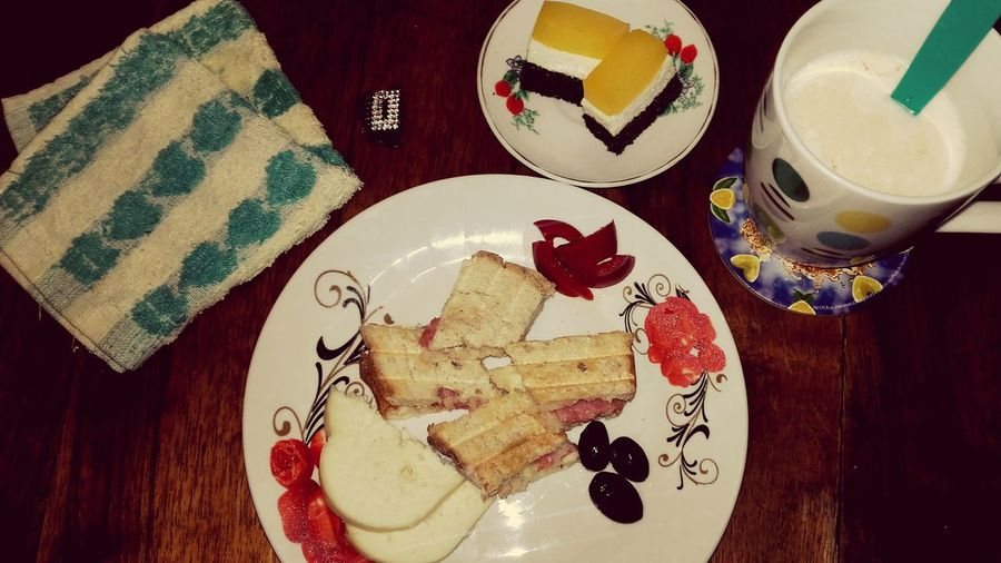 Good Morning World! Let's Eat Breakfast ♥ Xoxo💋💋💋 Allways Positive Thinking And Allways Be Happy ♡♡♡♡♡♡♡♡