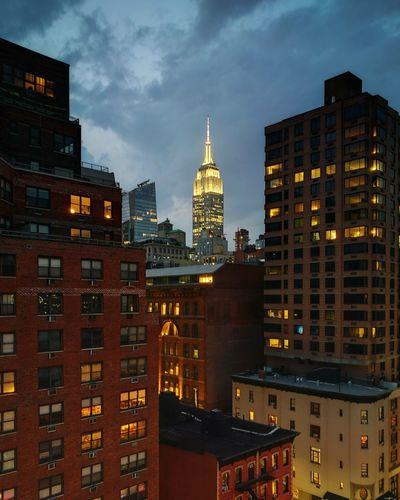 NY Nights Newyorkcitylife Newyork Nycity  Vacation USA New York New York City Empire State Building City Cityscape Urban Skyline Illuminated Skyscraper Modern Politics And Government Apartment Downtown District Business Finance And Industry Tower HUAWEI Photo Award: After Dark