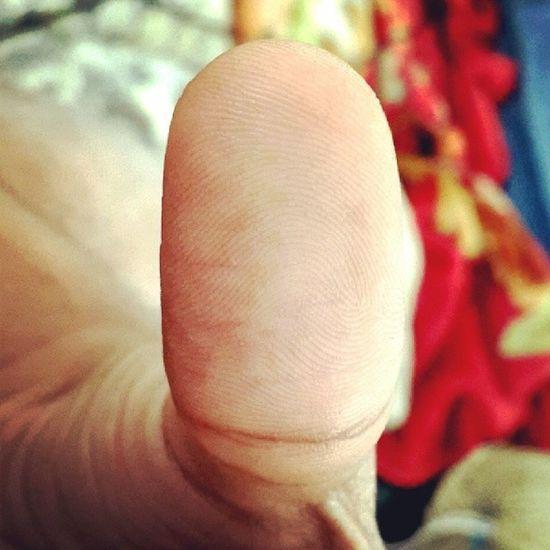 Selfie :D Thumbprint Stayingfoolish Selfportrait