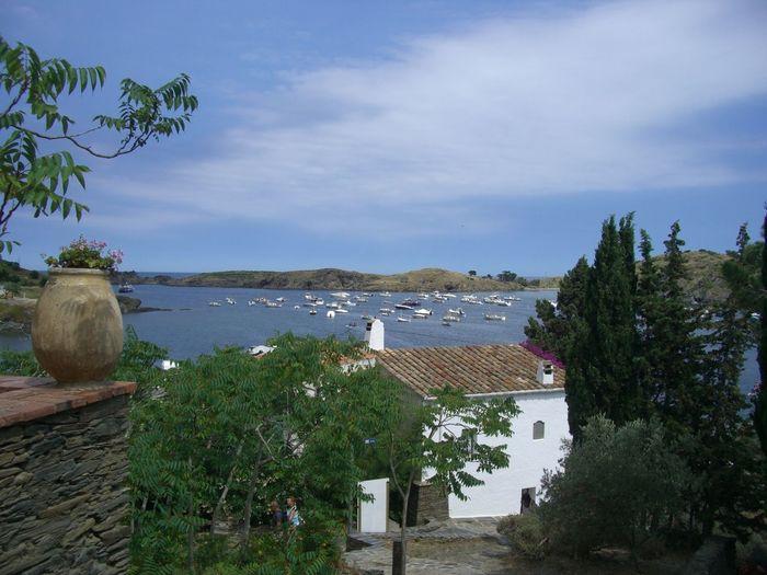 Cadaqués Dalí Museum Sculpture Sea Shore Vacation View Water Mediterranian Houses Harbour