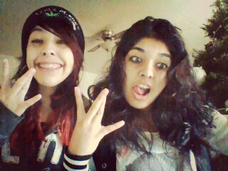 sister and I her face tho Westsidee Smiling <3 Sisterstatus There Faces (;