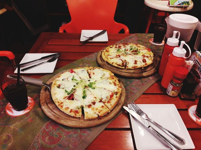 Pizza Applied Spice Thai Thailand🇹🇭 Travel Plate Table Appetizer Still Life Close-up Food And Drink Pizza Pepperoni Pizza Italian Food Food Styling Pizzeria