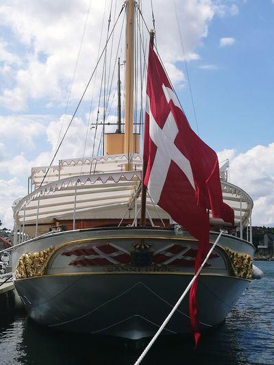 Water Harbor Flag An Eye For Travel