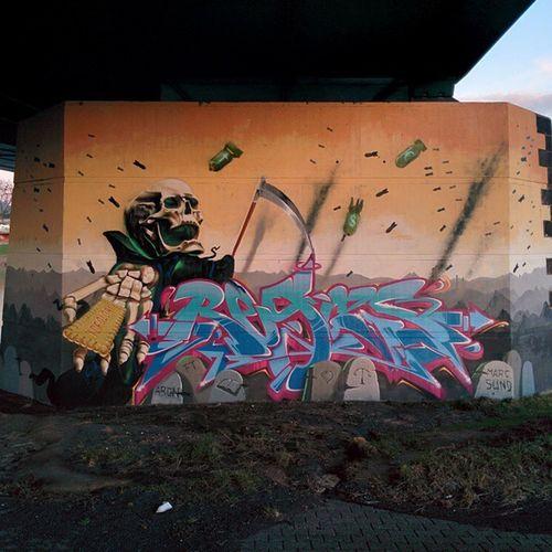 Art Trier Spray Grafitty