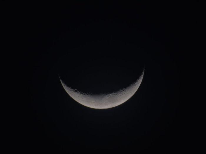 Moon Astronomy Night Space Sky Dark Nature Beauty In Nature Beautiful Planet Earth EyeEm First Eyeem Photo Fotografia Followback Followme Photography Earth Beauty In Nature Likes Follow Beauty Like Photo No People Fallow