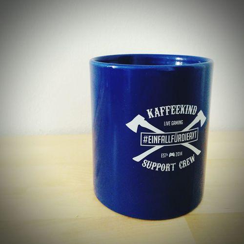 EinFallFürDieAxt Tasse ist angekommen. @Kaffeekind da wird der Kaffee richtig gut schmecken.