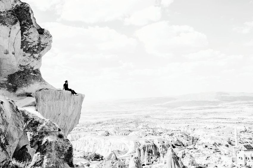 Cloud - Sky Nuture Mountains Edge Modeling Danger Adventure One Man Only Adult Desert Sky Rock - Object Landscape Adults Only Only Men People Outdoors One Person Day Nature Arid Climate Cliff Men Standing Rural Scene