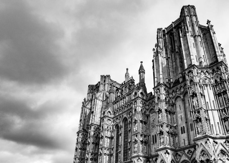 Cloud - Sky Sky Outdoors Low Angle View No People Day Architecture Cathedral Wells Cathedral Religion Religious  Place Of Worship Blackandwhite Black & White Black And White Drastic Edit Religious Architecture The Week On EyeEm Black And White Friday