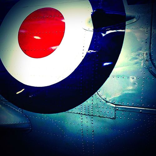 🇬🇧 Royal Air Force 🇬🇧 Logo Iconic R.a.f Close Up Detail Military Airforce Red White Blue EyeEm