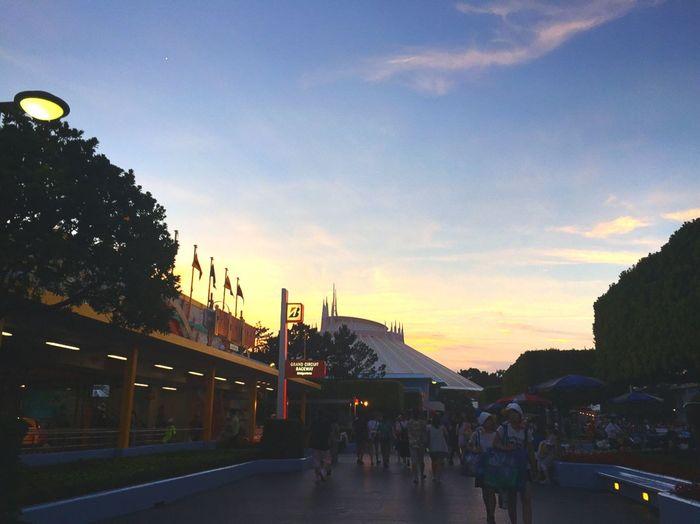 すごくささいな夢だけど、叶うかな。叶ってほしいな。 ディズニー ディニーランド 夢 希望 Disney Tokyodisneyland Tomorrowland Dreaming
