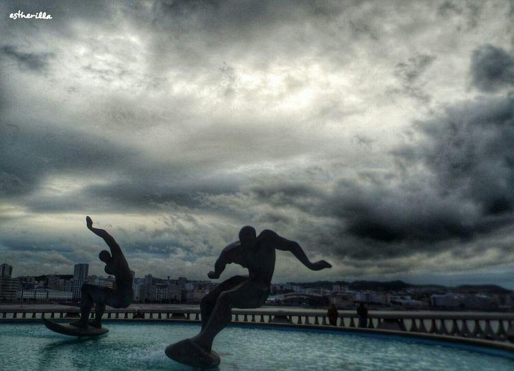 A Coruña. Os Surfistas Acoruña Galicia Galiciamagica Cielo Y Nubes  Surfistas Sound Of Life