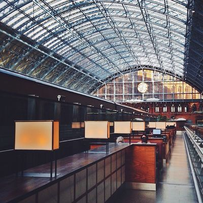 London's St Pancras #Train station ?????????? #alan_in_london #gf_uk #gang_family #igers_london #insta_london #london_only #thisislondon #from_city #ic_cities_london #ig_england #love_london #gi_uk #ig_london #londonpop #allshots_ #aauk #mashpics #pro_s Ig_england Love_london Ic_cities_london Ig_london Train Aauk Capture_today Gang_family Loveyoursummer Londonpop Mashpics Allshots_ Top_masters London_only From_city Gf_uk Pro_shooters Alan_in_london Insta_london Thisislondon Gi_uk Igers_london