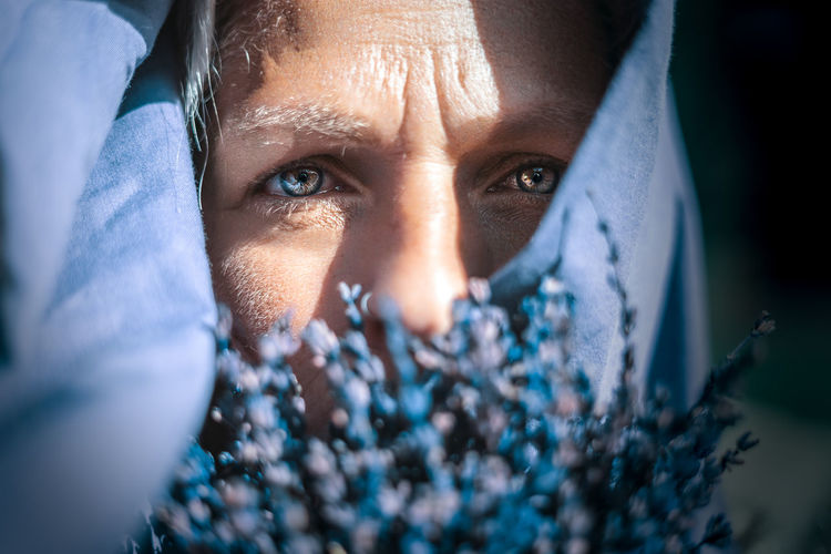 Women Burka  Girl Portrait Lavanda Lavander Looking At Camera One Person Front View Eye Close-up Blue Human Face Purple Love My Best Photo