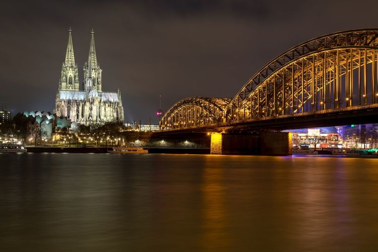 Cathedral Cologne Kölndeutz Rheinufer Rhine Typical Architecture City Cologne Cathedral Longexposure Night River